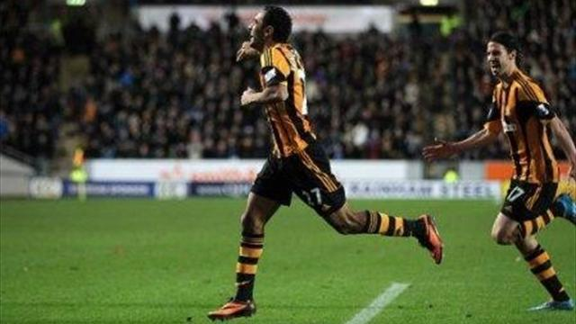 Premier League - Huddlestone finally scores as Hull thrash desperate Fulham