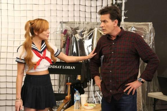 Lindsay Lohan & Charlie Sheen On 'Anger Management' Set: Photo