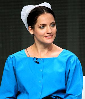 """Breaking Amish's Kate Stoltzfus Wants Spinoff, """"Hates"""" Cast Mates"""