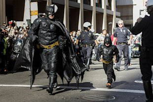 Top 10 Influential Social Media Marketing Campaigns Of 2013 image sf batkid