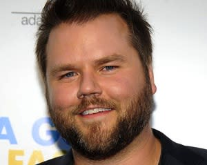 Pilot Scoop: Tyler Labine Is Super Clyde's Big Bro