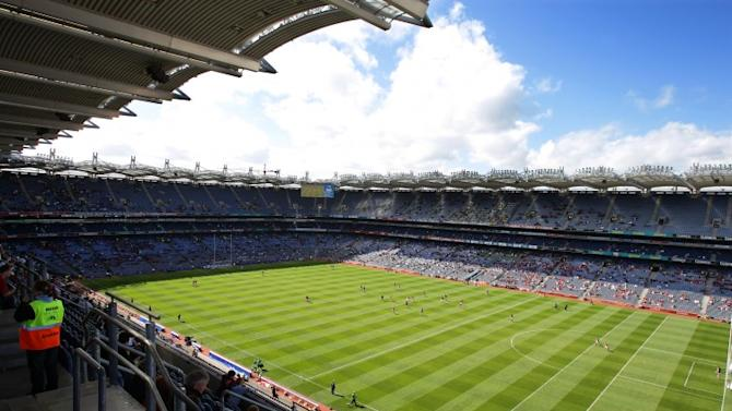 Which Leinster stadiums have a chance of inclusion in a 2023 Rugby World Cup bid?