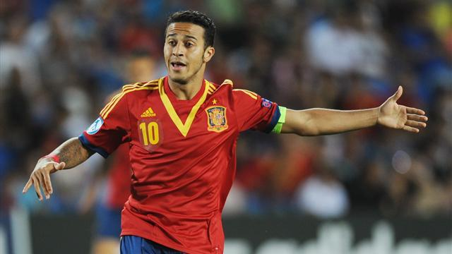 Premier League - Paper Round: Thiago closes in on United move