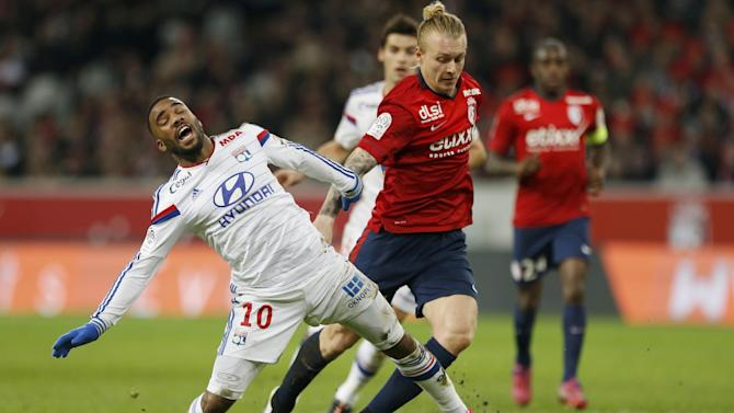Ligue 1 - Leaders Lyon suffer first league defeat in three months