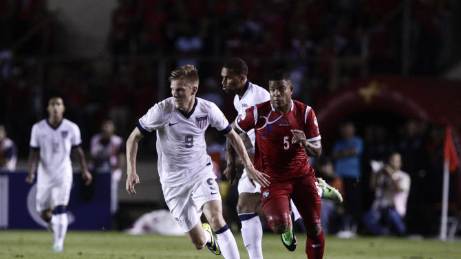 US stuns Panama 3-2 in stoppage time