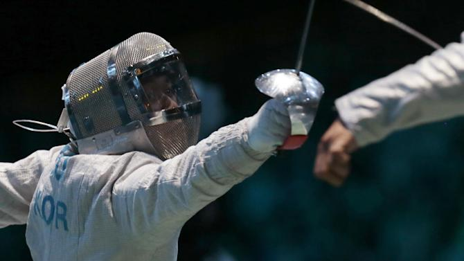 Fencing - Crutchett the shining light as British fencers struggle in World Cup events