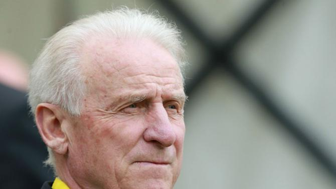 A former Ireland manager is among 59 applicants for the Ivory Coast job