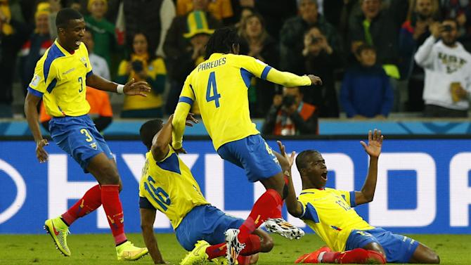 World Cup - Valencia at the double as Ecuador beat Honduras