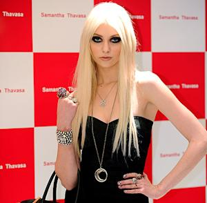 Taylor Momsen Signs With Major Modeling Agency