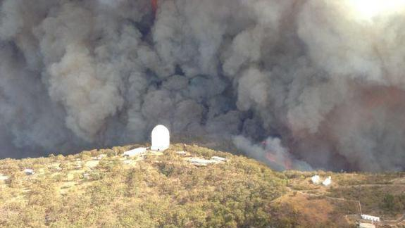 Huge Wildfire Damages Australia's Largest Optical Observatory