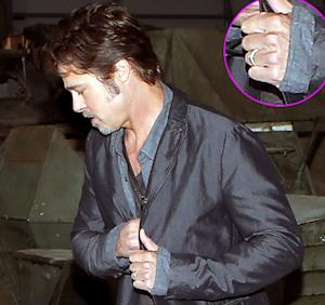 Brad Pitt Wears New Wedding Ring at Fury Film Event as Angelina Jolie Marriage News Breaks: See the Pictures