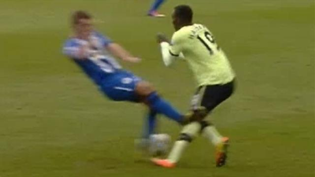 Premier League - Carver and Barrow fined for touchline clash
