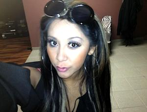 Pregnant Snooki Gives Up Tanning!