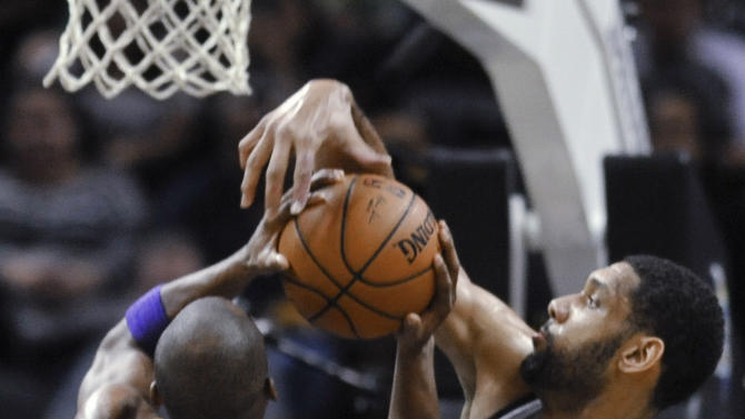Spurs top Lakers 119-85 for 9th straight win