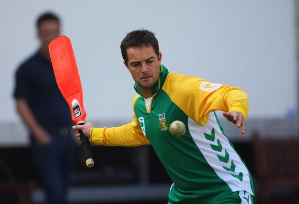 LONDON - AUGUST 30:  Mark Boucher of South Africa in action during the South African nets session at Lords Cricket ground on August 30, 2008 in London, England.  (Photo by Tom Shaw/Getty Images)