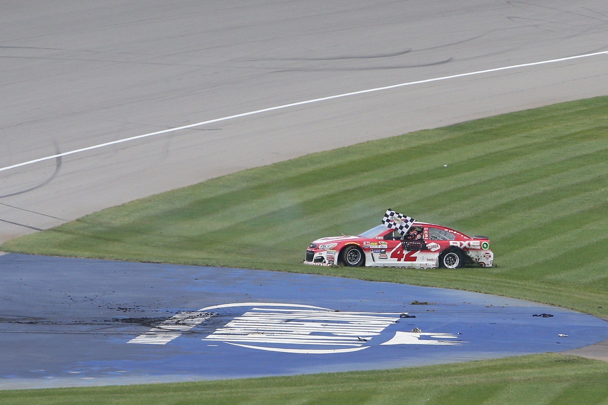 Kyle Larson got his first points win on Sunday (Getty).