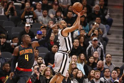 NBA schedule and results: Hawks visit Spurs for an inter-conference showdown