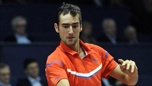 Tennis - Cilic upsets Murray in Rotterdam