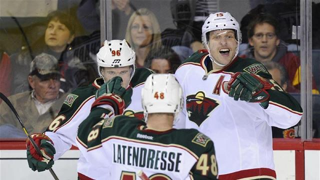 Ice Hockey - Heatley out two weeks after slash