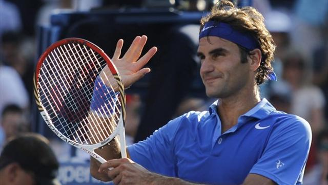 US Open - Federer notches commanding first-round win