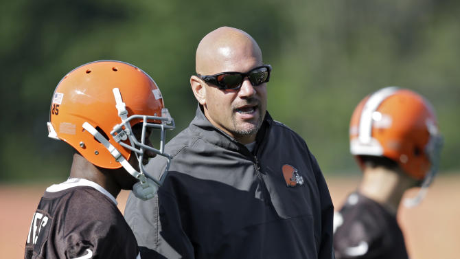 Browns put on the pads, get physical in camp