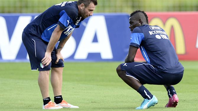 World Cup - Balotelli and Cassano 'were outcasts in Italy squad'