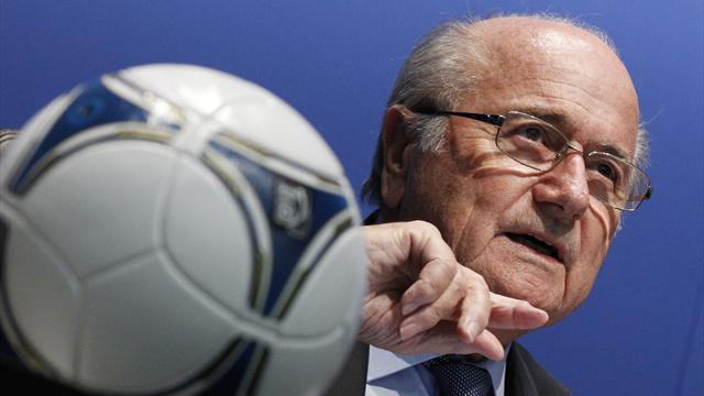 World Cup - Blatter 'not about to jump FIFA ship'
