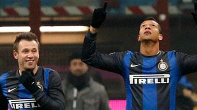 Serie A - Napoli offer Inler for Guarin