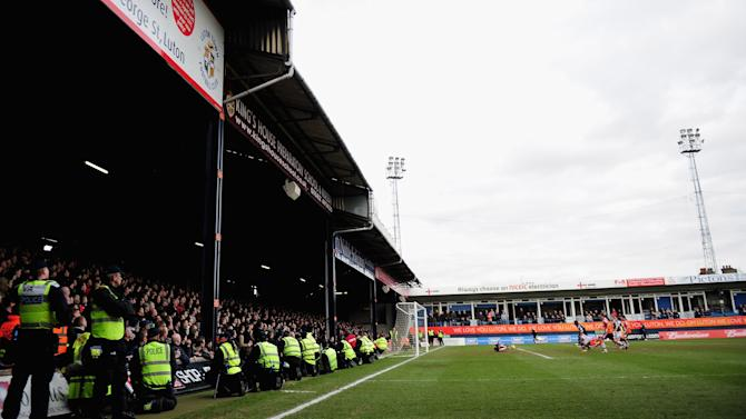 Luton Town v Millwall - FA Cup Fifth Round