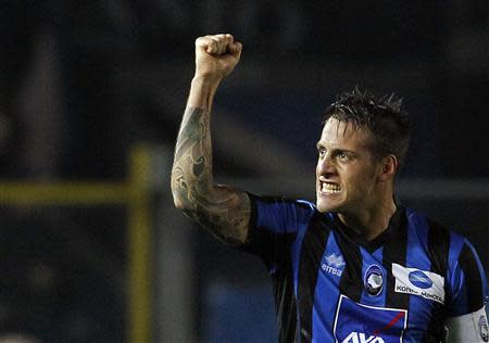 Atalanta's German Denis celebrates after scoring against Inter Milan during their Italian Serie A soccer match at Atleti Azzurri d'Italia stadium in Bergamo