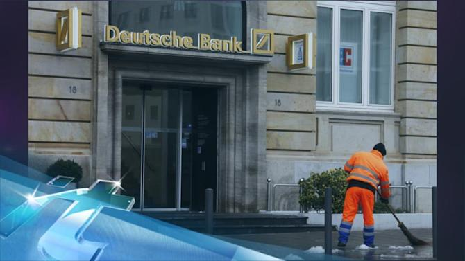 Regulator probes Deutsche Bank