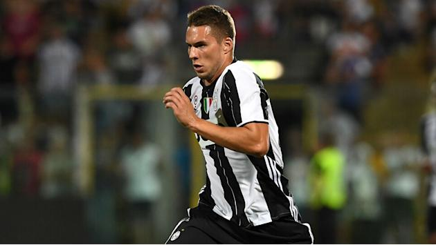 Pjaca out for up to three weeks