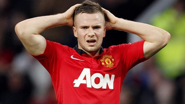 Premier League - Cleverley 'set for new £15 million United deal'