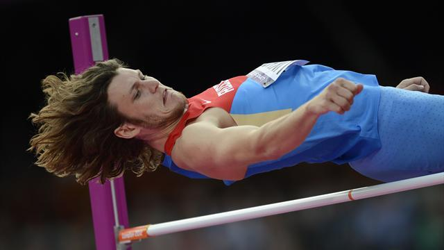 Athletics - Ukhov says kicking drink helped him win gold