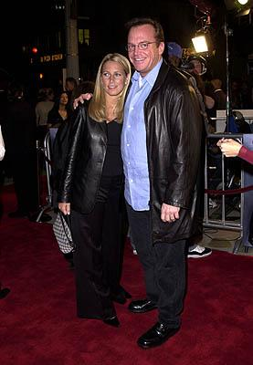 Premiere: Tom Arnold and gal at the Westwood premiere of Warner Brothers' Exit Wounds - 3/13/2001