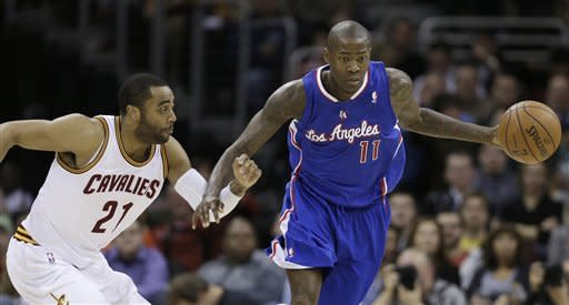 Clippers clobber Cavaliers 105-89