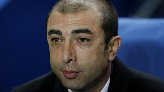 Premier League - Di Matteo not drawn into doubts over Chelsea fate