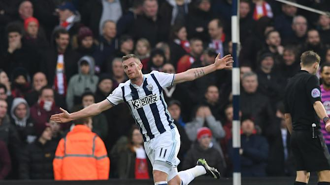 Sunderland sink to the bottom as West Brom take advantage of their poor away form