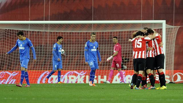 Liga - Bilbao stay on course for Champions League shot