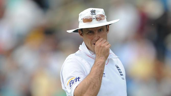 Andrew Strauss withdrew from Middlesex's game on Tuesday