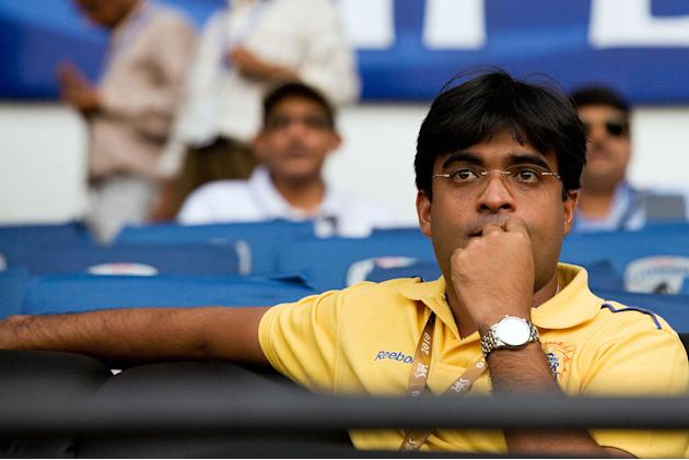 Deccan Chargers v Chennai Super Kings - IPL
