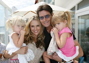Brooke Mueller, Charlie Sheen and their daughters. Photo: bossip.com