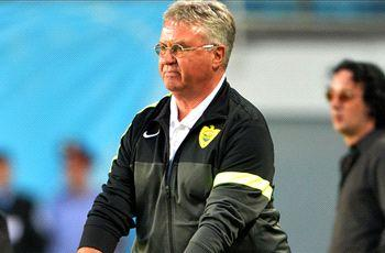 Hiddink signs new Netherlands deal