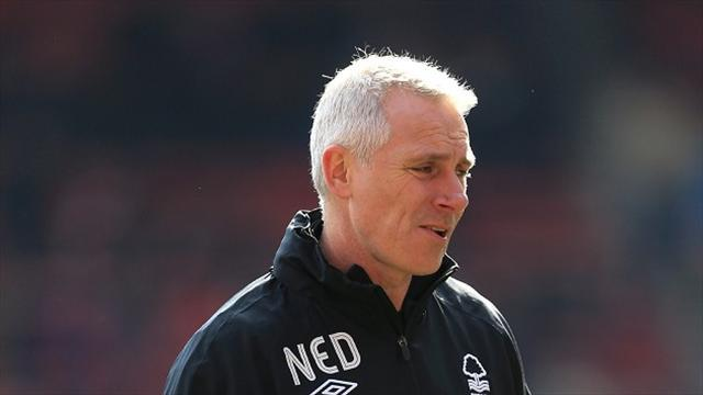 Football - Kelly rues Forest defending