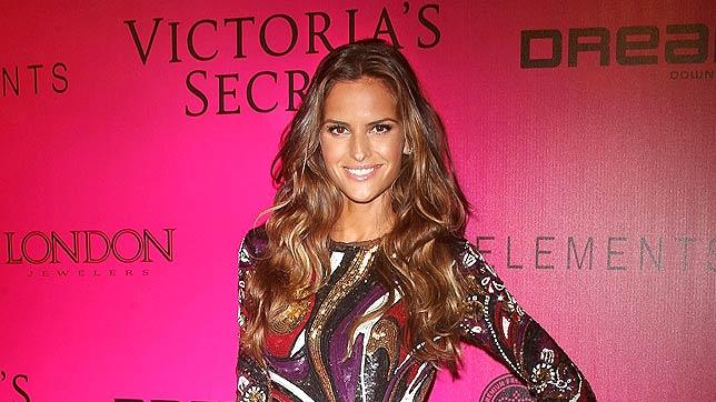 Izabel Goulart VS Fashion Show After Party