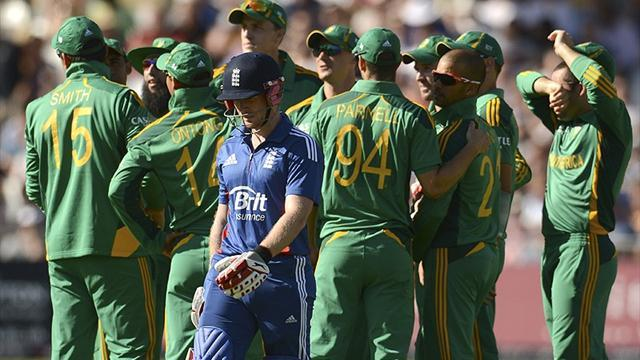 England collapse hands SA victory in first T20