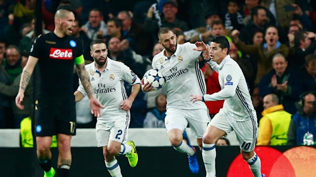 Karim Benzema helped Real Madrid come back from 1-0 down to beat Napoli 3-1 in the first leg of their Champions League last-16 tie.