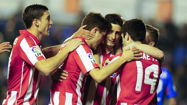 Liga - Aduriz at the double as Athletic maintain European charge