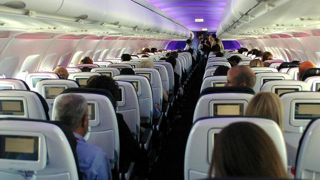 Man Sues Airline Over Soda Spat