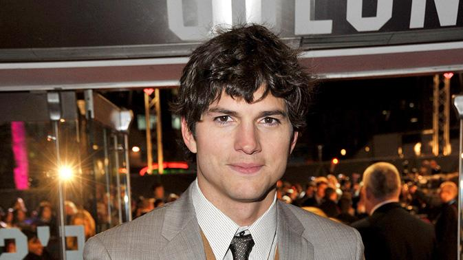 Valentine's Day 2010 UK Premiere Ashton Kutcher